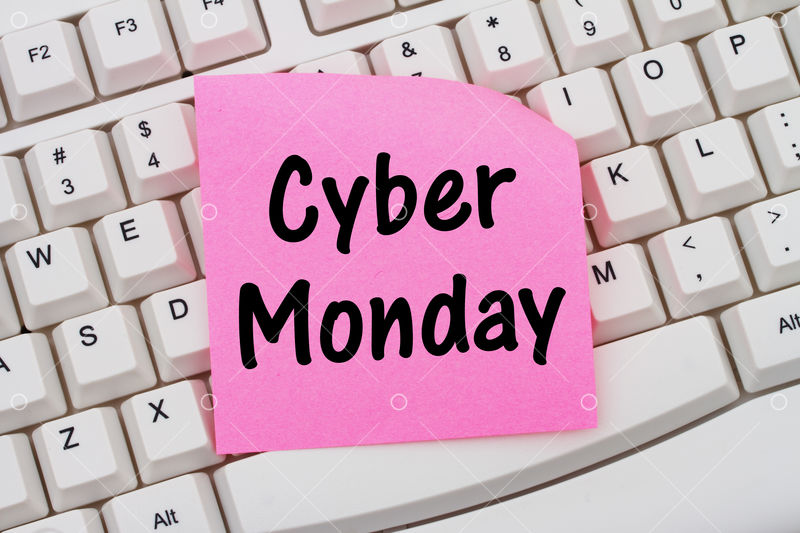 Online Shopping On Cyber Monday Computer Keyboard With A Pink Blank Sticky Note With Text Cyber Monday Image Stock By Pixlr