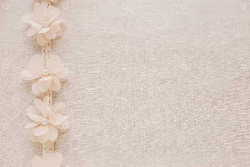 flowers and lace on linen copy space toning vintage wedding background image stock by pixlr https pixlr com stock details 1417201632 flowers and lace on linen copy space toning vinta